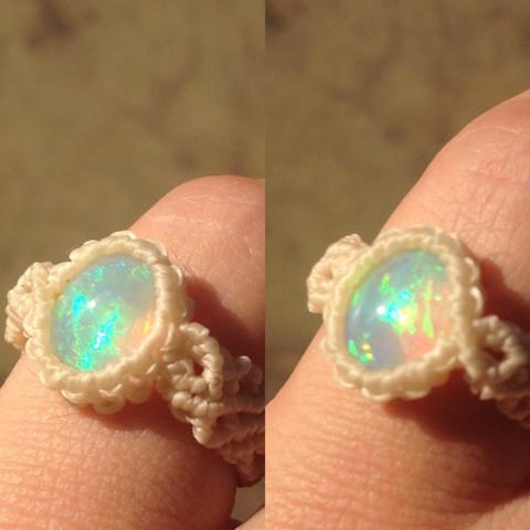 オパールのマクラメ指輪